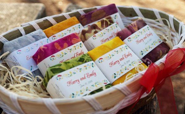 Подаръци за гости на сватба - ръчно изработени натурални сапуни